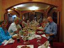 5820 - Reisgezelschap aan Libanees diner - Khartoem