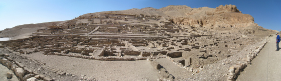 panorama_deir_el-medina-klein